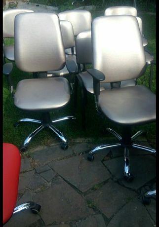 Перетяжка компьютерного кресла (офисное кресло,стул)