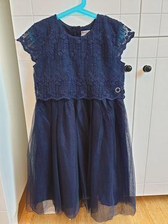 Sukienka z koronki roz 140