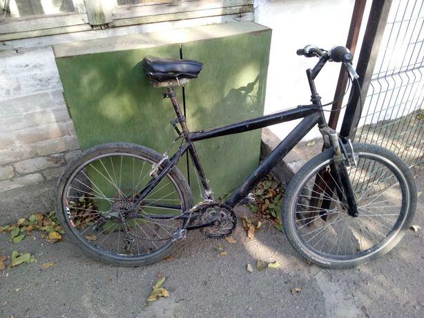 Велосипед горный 4000р.