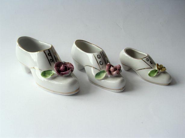 Porcelanowe buty sygnowane komplet