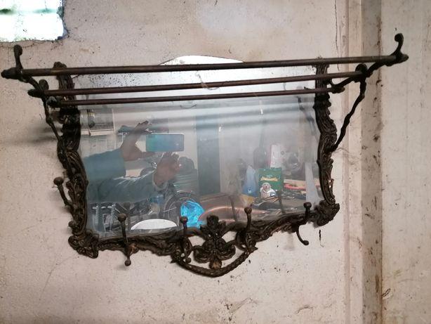 Vendo espelho/bengaleiro