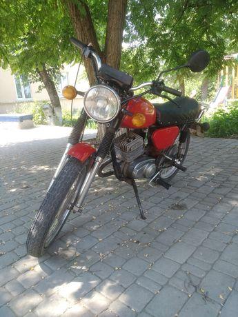 Мотоцикл Минск с лепестковым клапаном