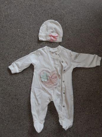 Продам комплект на новорожденного