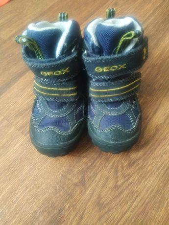 Осенние ботинки geox 23