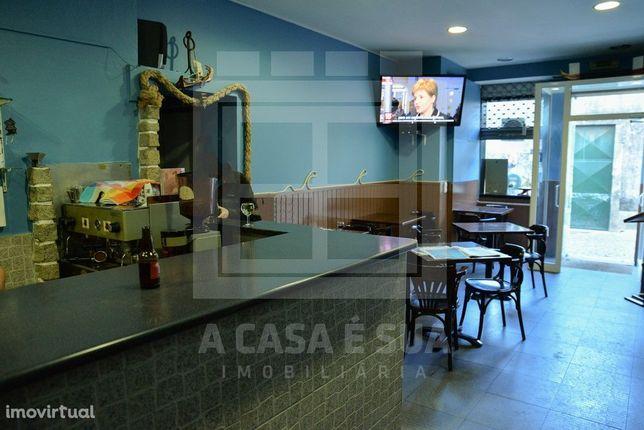Café / Snack Bar no centro de Ovar