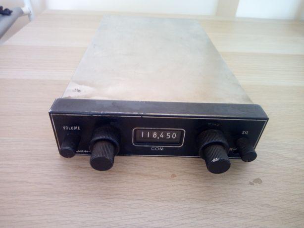 Radiostacja lotnicza Badin - Crouzet  118-144 MHz
