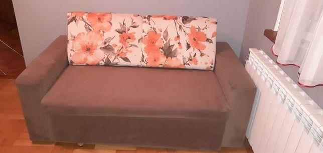 Sprzedam tanio sofe