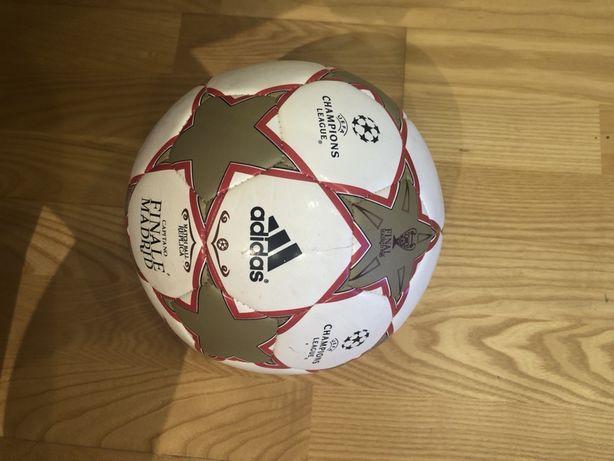 Футбольный мяч Adidas Capitano Finale Madrid 2010 UEFA