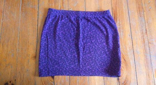 Spódnica w serca, serduszka, spódniczka, mini, EVEN & ODD, rozmiar XL
