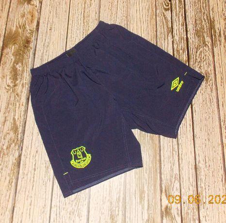 Фирменные шорты Umbro для мужчины, размер 44-46