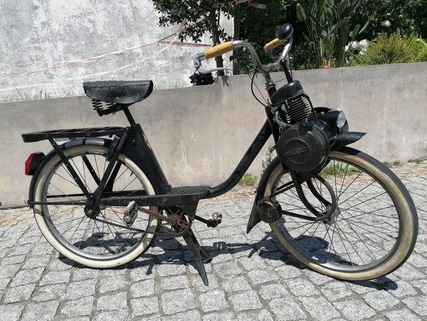 Bicicleta francesa solex motobecane 2200