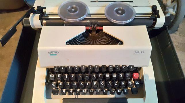 Печатная машинка Optima sm 35 (в идеале) + кейс