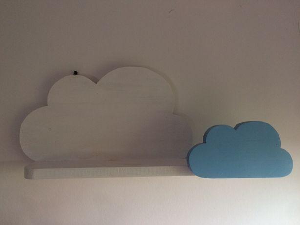 Śliczna półka chmurki