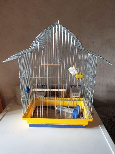 Клетка для птиц в виде домика с бассейном для купания Trixie и песком
