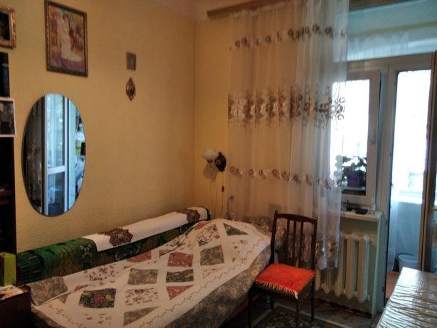 Продажа комнаты в общежитии недорого на Печерске возле метро