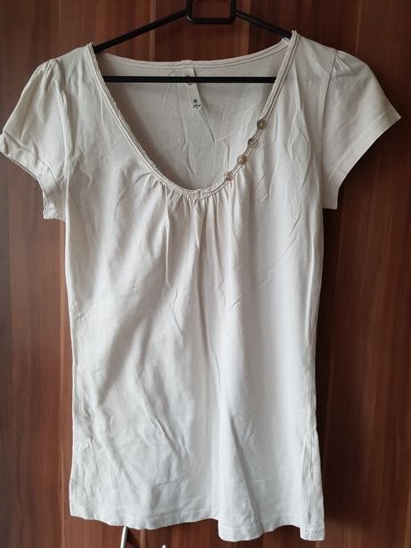 Nowa bluzka koszulka t-shirt House M 38