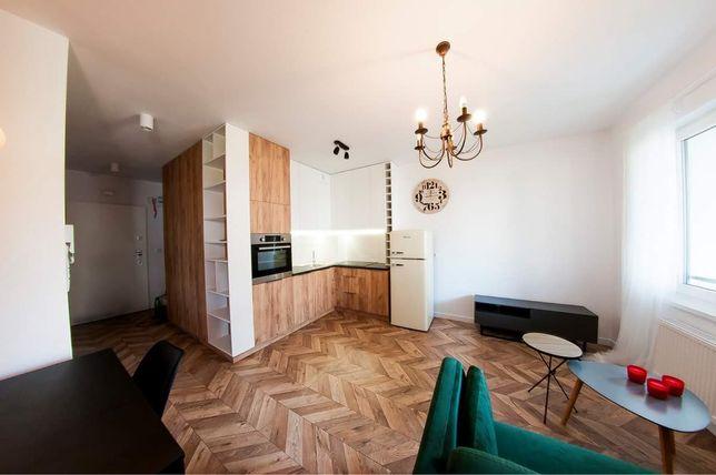 Mieszkanie typu studio 31m2. Nowy blok przy Bora-Komorowskiego
