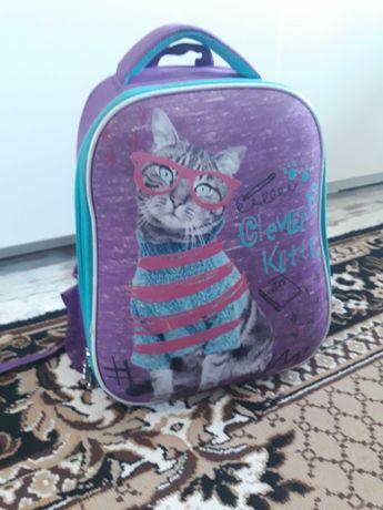 Шкільний рюкзак каркасний Kite