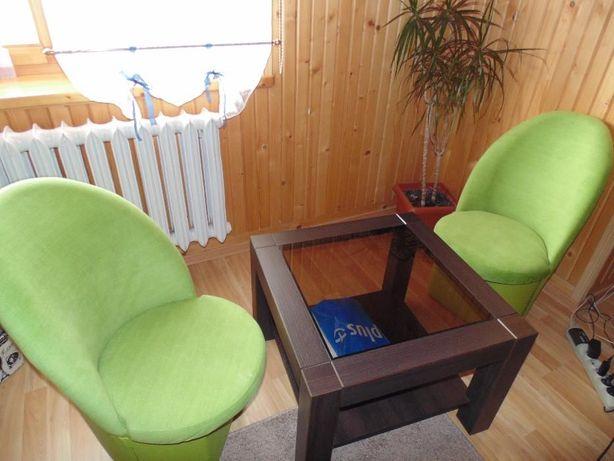 Stolik + fotele