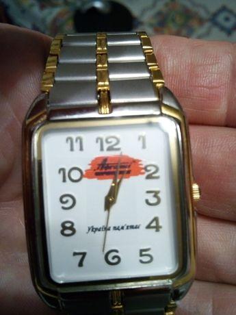 Годинник чоловічий електромеханічний Спутник з логотипом