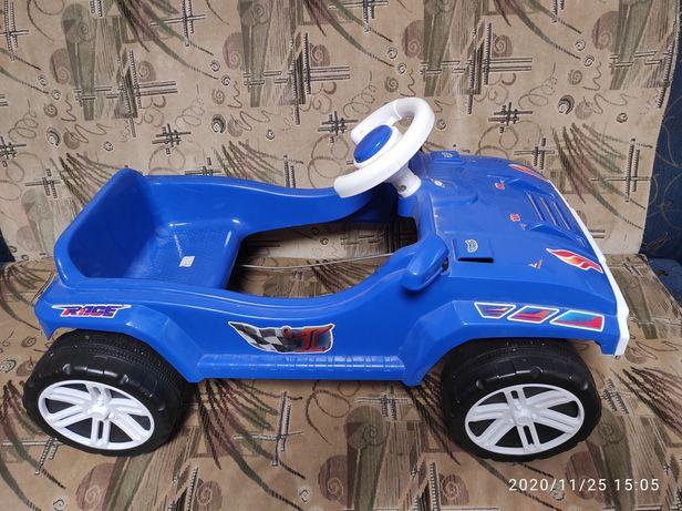 Машина Orion toys на педальках