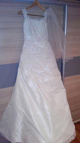 Suknia ślubna r. 38 / na wzrost 173cm + obcas 4cm