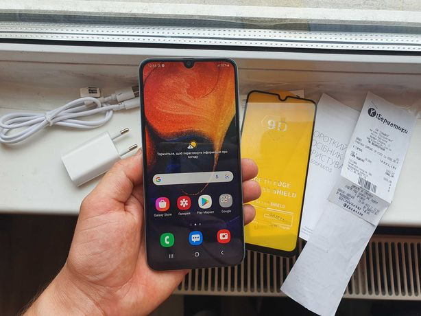 Samsung A50 2019 DUOS 4/64ГБ  А505 Оригинал.  Состояние Хорошое