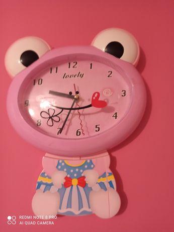Zegar żabka różowy dla dziecka stan b. Dobry