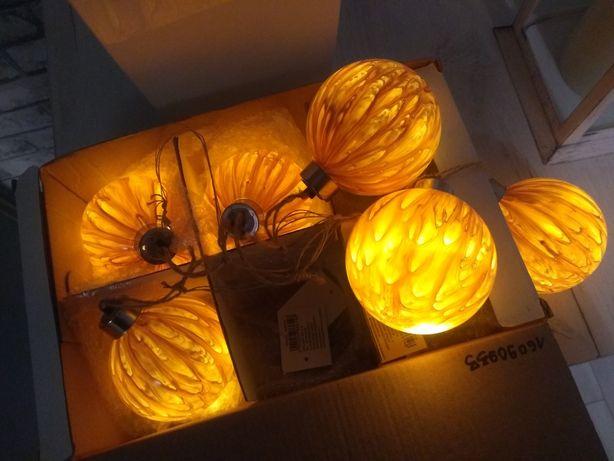 Świecące bombki plastikowe