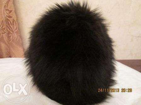 Продам зимнюю шапку б/ из крашеной чернобурки р. 62-63