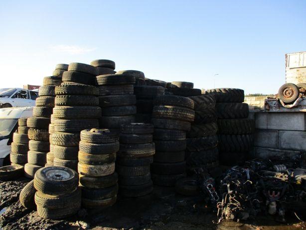Opony Koła Ciężarowe Przyczepa Naczepa Maszyny Budowlane Rolnicze