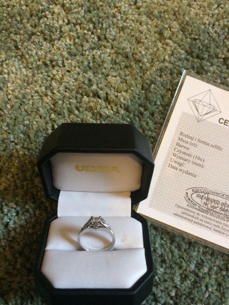 złoty pierścionek diamenty zaręczyny białe złoto z diamentami