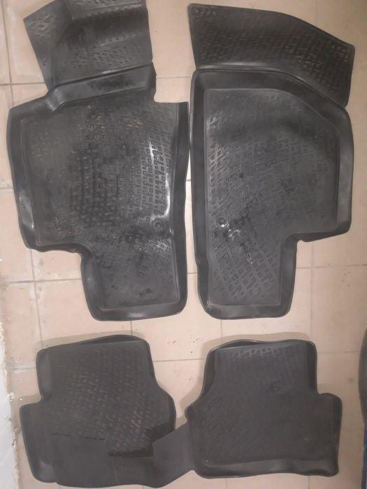 Коврики автомобильные резиновые джетта6(jetta 6) Вышгород - изображение 1