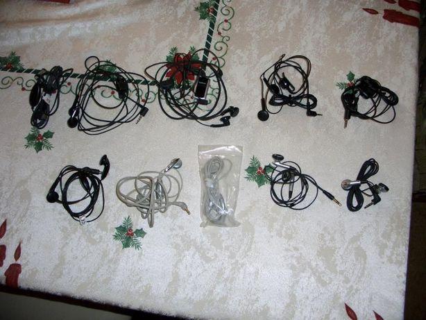 auriculares variados para telemóvel