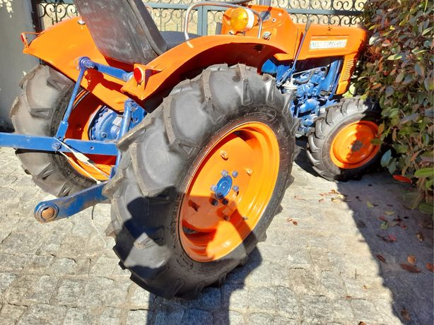 Trator KUBOTA L2201DT