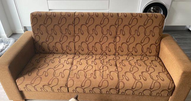 Sofá cama com arrumação