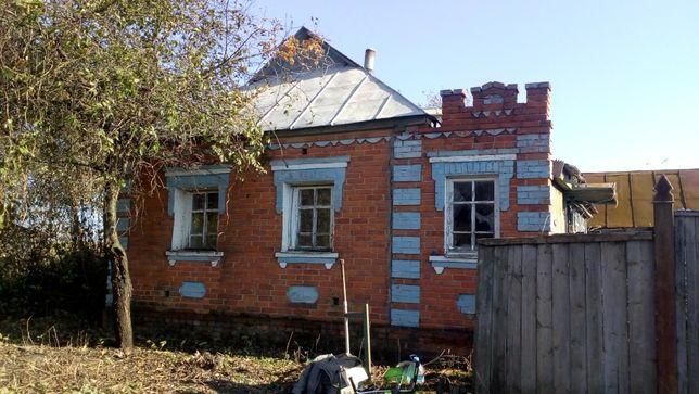 Продам дом под капитальный ремонт или строительство.