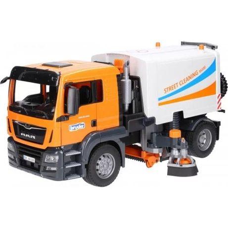 Грузовик Bruder MAN TGS для уборки улиц (03780)