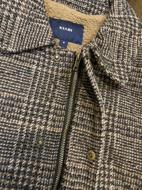 Новая куртка осень зима р.M