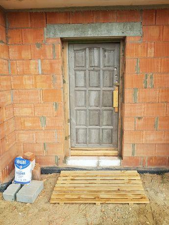 Drzwi na budowę tymczasowe