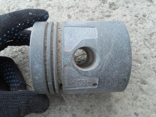 Поршня Газ 51-52