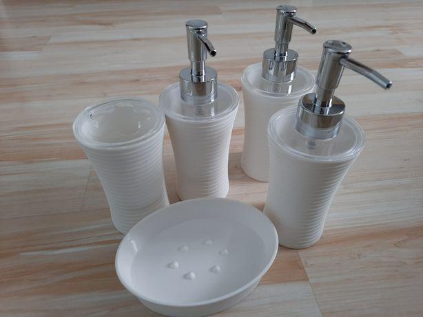 Akcesoria łazienkowe dozownik mydła x3, mydelniczka, kubek*5zł wysyłka