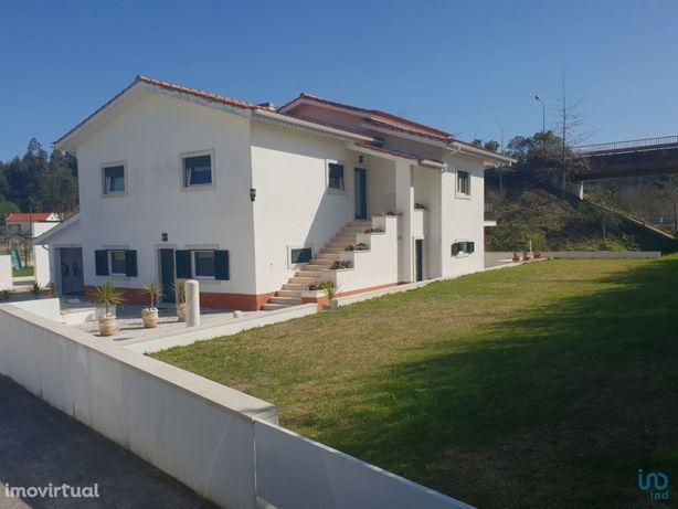 Moradia - 1400000 m² - T6