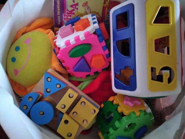 пакет дитячих розвиваючих іграшок
