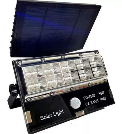Halogen solarny, reflektor, lampa słoneczna 30W z czujnikiem ruchu