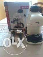 Ekspres ciśnieniowy Amica CD 1011 Super Crema
