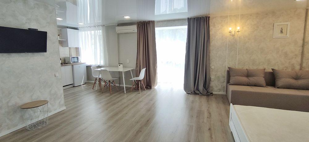Новая красивая квартира,в центре,море 100м,возле ресторана Village-1