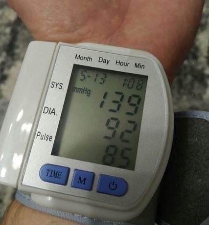 тонометр на зап'ястя 102ск (тискомір)
