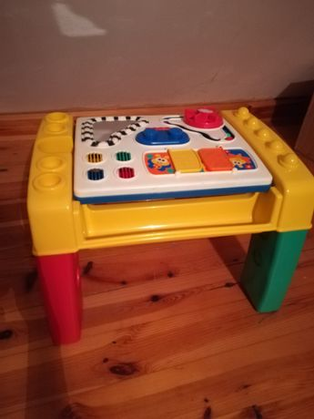 Zabawka edukacyjna stolik Fisher Price