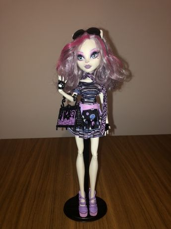 Catrine de Mew Monster High